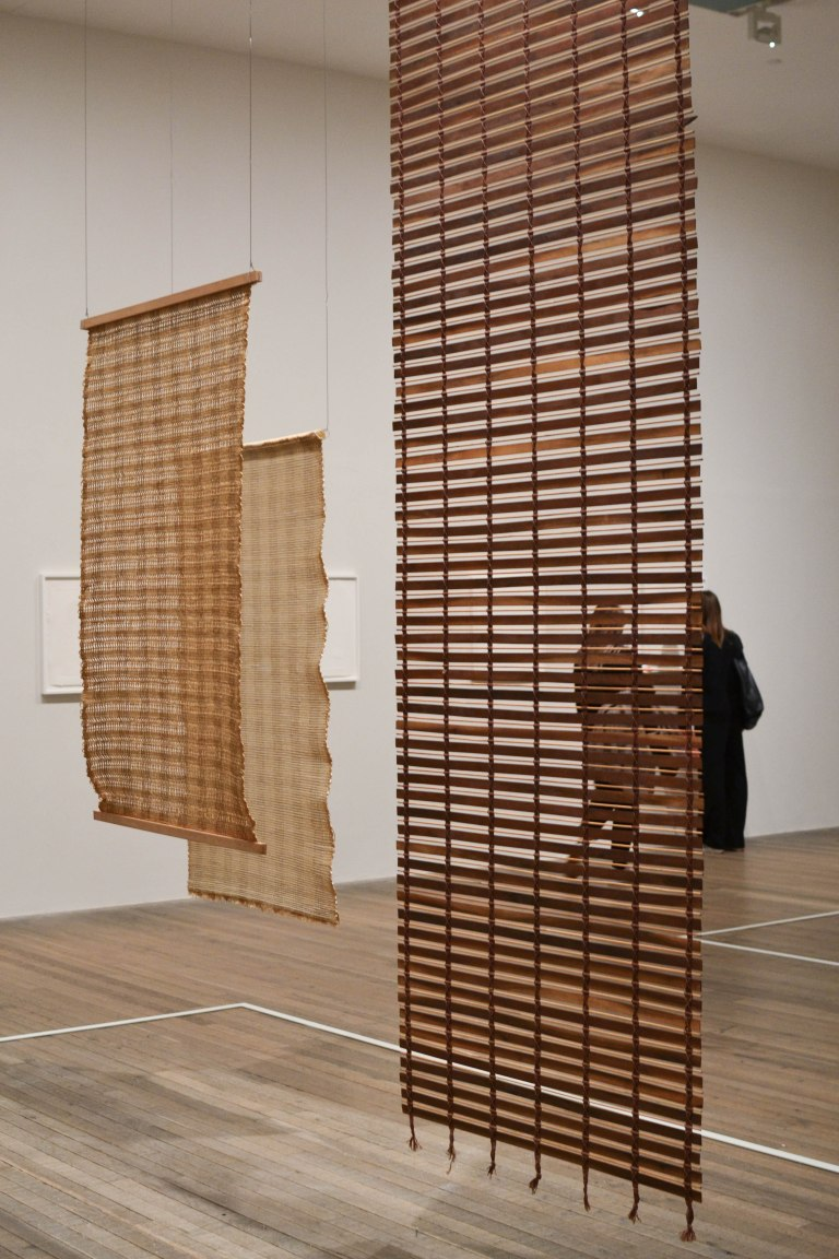 20- Anni Albers- Free Hanging Room Dividers (1948-1949)