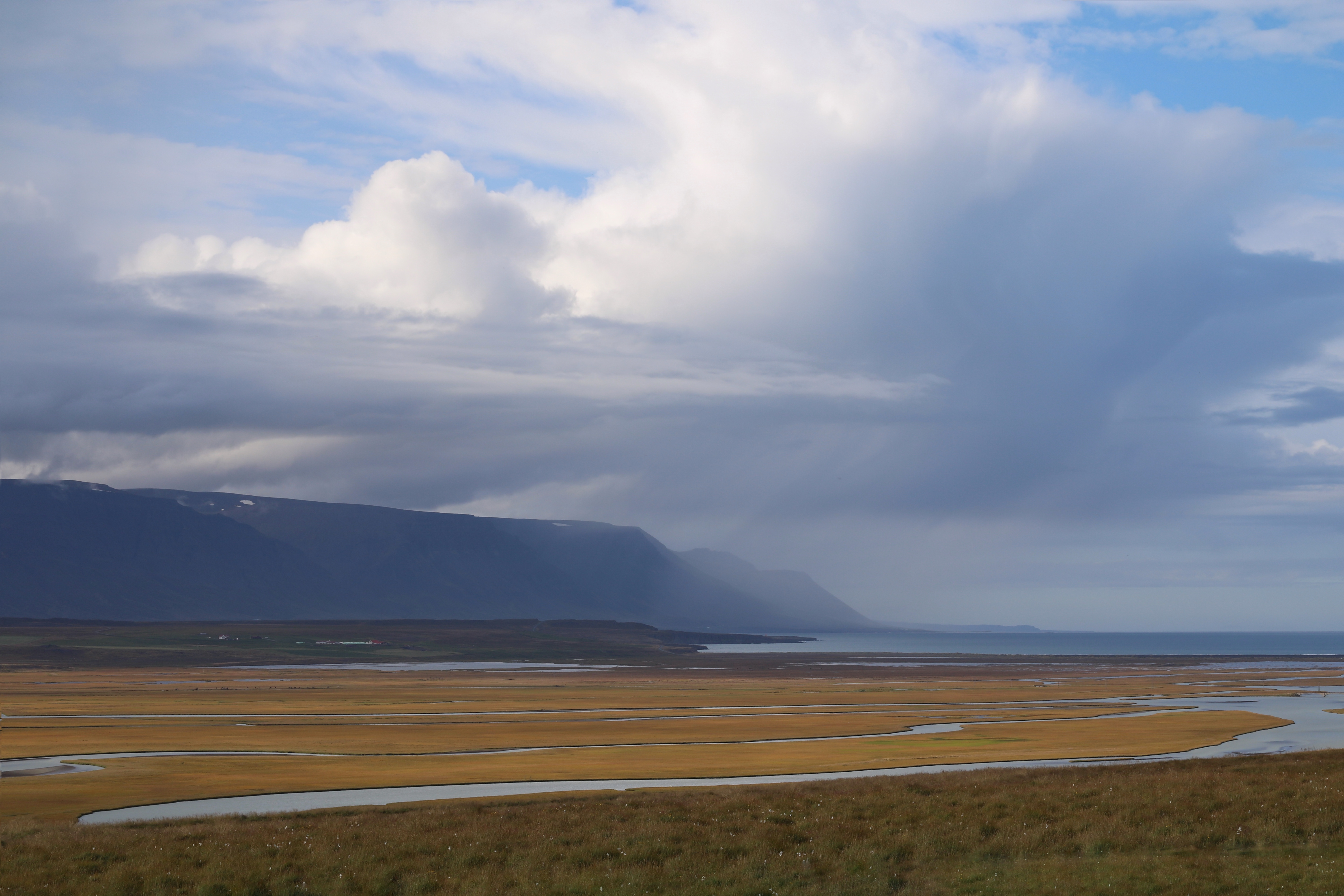 Colour hunting on Iceland